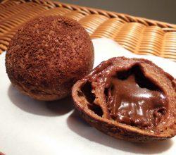 ボールドーナッツ(チョコ)